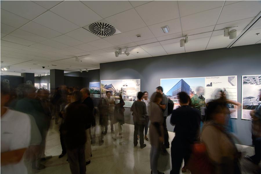 Diálogos. Arquitectura vizcaína del siglo XXI. En la sala Ondare de diputación Bziakaia. En Bilbao